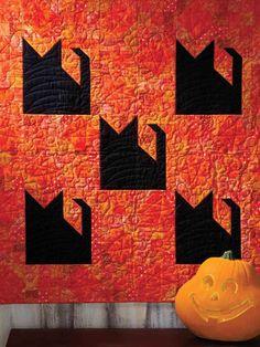 Black Cat Halloween quilt | Quilter's World Autumn 2013