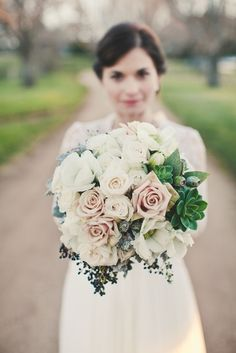 Great winter wedding bouquet captured by Solas Photography