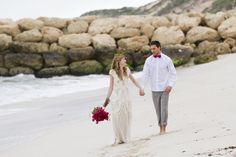 Bougainvillea beach bridals | Hazel Buckley Photography | see more on: http://burnettsboards.com/2014/02/beach-bridals-beautiful-bougainvillea/