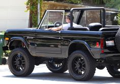 classic-blacked-out-ford-bronco
