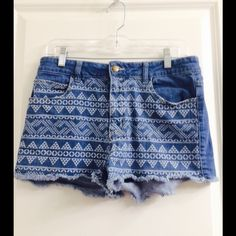 HP 9/16 Tribal Print High Waisted Shorts These are gorgeous high waisted shorts from forever 21. They have a tribal print on the entire front of the shorts and on the back pockets. Forever 21 Shorts Jean Shorts