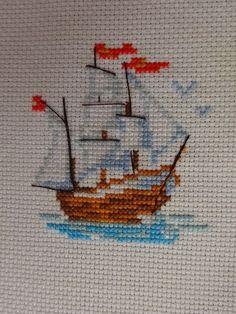 Cross Stitch Family, Tiny Cross Stitch, Cross Stitch Bookmarks, Cross Stitch Borders, Cross Stitch Samplers, Cross Stitch Animals, Cross Stitch Flowers, Cross Stitch Charts, Cross Stitching