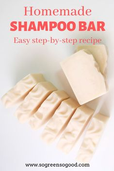 This beauty recipe is perfect for those of you who never made a shampoo bar before as I replaced lye (used for saponification) with an organic pre-made melt-and-pour soap base (lye already incorporated). This DIY shampoo bar requires only four ingredients Diy Shampoo, Lush Shampoo, Homemade Shampoo, Homemade Moisturizer, Solid Shampoo, Organic Shampoo, Organic Soap, Homemade Conditioner, Homemade Facials