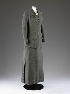 Coat  Place of origin: London, England (made)  Date: ca. 1911 (made)  Artist/Maker: John Redfern (maker)  Materials and Techniques: Wool tweed, lined in silk  Museum number: T.28&A-1960 | V&A