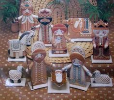 Nativity Set embellished Embroidery Kit Daydreams 1984 stand-up 12 figures #Daydreams