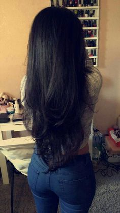 Long Black Hair with Layers - - Long Black Hair with Layers Hair Langes schwarzes Haar mit Schichten Wig Hairstyles, Straight Hairstyles, Long Hair Haircuts, Long Hairstyles With Layers, Black Hairstyles, Hair Styles Long Layers, Haircuts For Long Hair With Layers, Formal Hairstyles, Long V Haircut