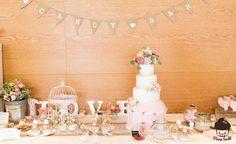 Vintage Wedding Cake und Sweet Table