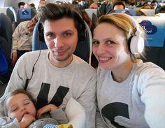 Voyager avec bébé 18 - 24 mois : l'avion / par withalovelikethat.fr Over Ear Headphones, Lifestyle, Kids, Questions, Hui, Inspiration, Holidays, Blog, Planes
