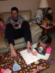 Funny pictures about The Beauty Of Fatherhood. Oh, and cool pics about The Beauty Of Fatherhood. Also, The Beauty Of Fatherhood photos. Funny Images, Funny Photos, Best Funny Pictures, Epic Photos, Parenting Fail, Parenting Humor, Dad Of The Year, Video Humour, Funny Baby Pictures