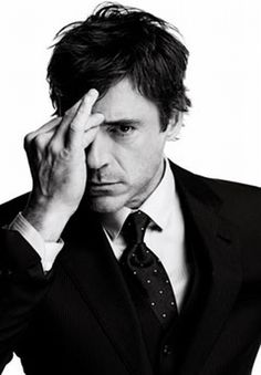 I know very little about acting. I'm just an incredibly gifted faker.    #robert downey jr.