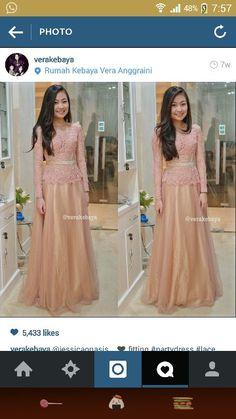Dress, kebaya