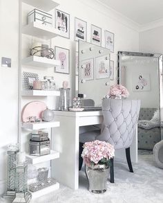 makeup room decor Home Decor Inspiration on Instag - roomdecor Bedroom Decor For Teen Girls, Girl Bedroom Designs, Room Ideas Bedroom, Long Bedroom Ideas, Grey Bedroom Design, Bedroom Table, Teenage Girl Bedrooms, Dressing Room Decor, Dressing Room Design
