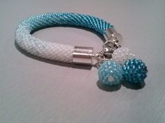 perles en spirale degradé de bleu // #ombre #clasp