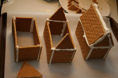 Easy Gingerbread Houses Construction Steps 1 2 3