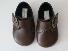 Brown Baypod baby shoes by Early Days style B656 These are an ideal pram shoe as they start at size 0 0 - 3 mths and go up to size 3 12 - 18 mths