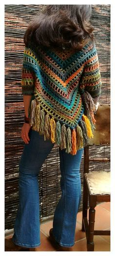 new Ideas crochet scarf granny square stitches Cardigan Au Crochet, Crochet Poncho Patterns, Crochet Shawls And Wraps, Crochet Jacket, Crochet Scarves, Crochet Clothes, Crochet Stitches, Poncho Shawl, Crochet Edgings