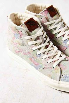 Vans Sk8-Hi Suede Floral Womens High-Top Sneaker - Urban Outfitters