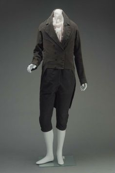 Man's suit, American. 1810-1820. Museum of Fine Art