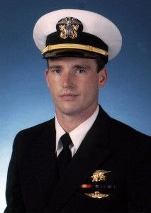 Michael Murphy: SEAL Makes Distress Call in Storm of Enemy Fire