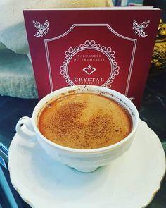 Deși afară este frig, noi ne așteptăm clientele la #CrystalCosmetics cu o cafea delicioasă și multă voie bună! ☕🌹  Pentru detalii și programări: Floreasca (Strada Av. Popa Marin nr. 2) 📲 0723.597.697 Gara de Nord (Bulevardul Gara de Nord nr. 6-8 ) 📲 0722.332.527 Drumul Taberei (Strada Brașov nr. 22, bl. Z132A) 📲 0741.224.206 Latte, Cosmetics, Crystals, Drinks, Tableware, Food, Drinking, Beverages, Dinnerware