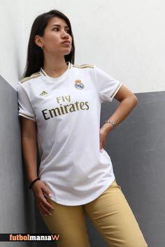 El Real Madrid ha presentado su nueva equipación para la próxima temporada. Diseño en color blanco, combinado con detalles en dorado. Con esta camiseta se rinde homenaje al brillante legado del club. ¡Sé una de las primeras en conseguirla! @adidasfootball @realmadrid #RealMadrid #AdidasFootball #DareToCreate Football Girls, Football Fans, Football Jerseys, Fc Barcelona, Madrid Girl, Sport Style, Jersey Shirt, Sport Fashion, Outfit Ideas