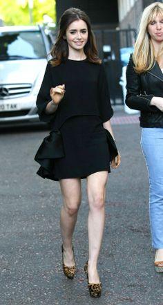Lilly Collins in Stella McCartney Fashion Models, Look Fashion, Girl Fashion, Womens Fashion, Vogue Fashion, Petite Fashion, Curvy Fashion, Fashion Bloggers, Fashion Trends