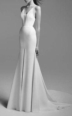 Just Perfect. Wonderful Wedding Dress by Alex Perry Bride Alessandra Bikini Sheer Gown