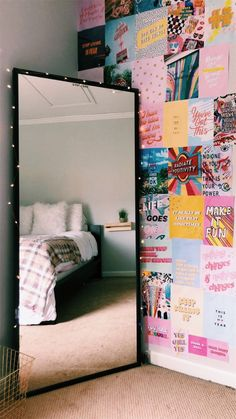 dorm room organization * dorm room ideas & dorm room & dorm room designs & dorm room ideas for guys & dorm room organization & dorm room decor & dorm room inspiration & dorm room hacks Cute Room Ideas, Cute Room Decor, Dorm Room Wall Decorations, Room Decor With Lights, Doorm Room Ideas, Cool Wall Decor, Room Ideas Bedroom, Diy Bedroom, Bedroom Inspo