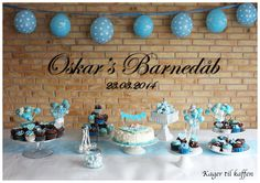 Oskars barnedåb Apple Decorations, Decoration Table, Projects To Try, Happy Birthday, Wall Decor, Place Card Holders, Baby Shower, Wedding, Napoleon