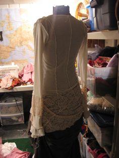 Gossamer reconstructed vintage tunic, 2008 (sold). Designer: Jodi Meadows