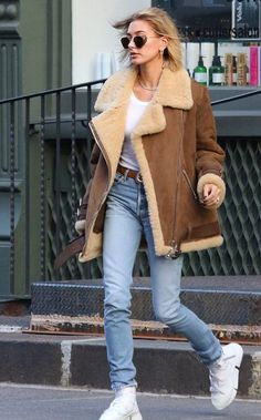 Fall Jackets, Jackets For Women, Clothes For Women, Hailey Baldwin, Shearling Jacket, Leather Jacket, Tweed, First Date Outfits, Celebrity Outfits