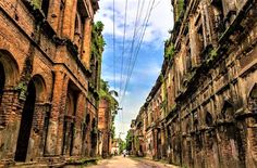 Abandoned merchant city Panam Nagar at Sonargaon in Bangladesh, built in colonial period. Bangladesh Travel, Dhaka Bangladesh, Grand Trunk Road, Ruined City, Picnic Spot, Thing 1, Travel Wallpaper, Tourist Spots, Archaeological Site
