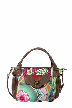 Bolso Desigual McBeen Ishburi. Me gustan los colores y la mariposa del bolsillo. Me lo pido!!!!!
