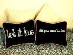 Almohadones de diseño - Al divino  botón - en tienda online ofeliafeliz.com.ar