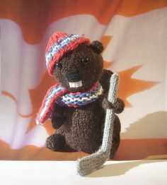 Canada Day is on July and just in time to celebrate , Canada's national animal and Canada's national sport team up. Canadian Things, I Am Canadian, Canadian Humour, Canada 150, Canada Day Crafts, Canadian Culture, Knitting Patterns, Crochet Patterns, Otters