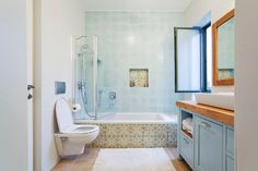 רחצה והרעננות בחדר אמבטיה