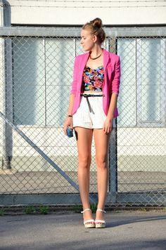 Vintage life en Vogue - pink - floral - fashion - style - summer look! - colours - white corchet lace