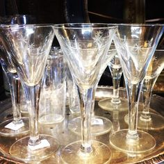 Everyone needs something sparkly in there day. Why not beautiful glassware? Wishing you a beautiful Tuesday wherever you may be. / #sparkle #vintagestyle #homedecor #home #vintage #vintageshop #vintagebar #interiordesign #interiors #interior #interiordecor #interiordecoration #decor #glassware #glass #instagood #instaglam #instastyle #knoxvilletn #knoxville #knoxvegas #nostalgia #nostalgiaonmccalla #goodmorning