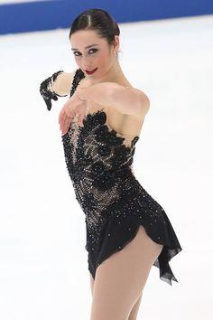 ケイトリン・オズモンド(カナダ)NHK杯・第2日(男女・ペアFS、アイスダンスSD)