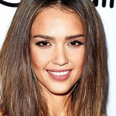 6 Products Jessica Alba's Skincare Guru Swears By