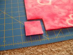 """Pieces by Polly: Single Layer No-Sew """"Braided"""" Fleece Blankets Tutorial # double Braids fleece blankets Fleece Crafts, Fleece Projects, Sewing Projects, Sewing Ideas, Felt Crafts, Sewing Crafts, Art Projects, Diy Crafts, Braided Fleece Blanket Tutorial"""