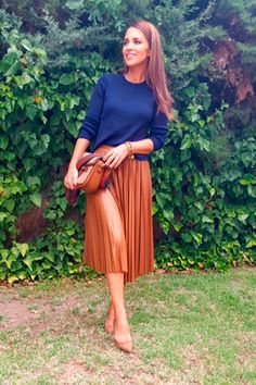 Paula Echevarría: 100 mejores looks - Style Lovely Casual Skirt Outfits, Modest Outfits, Classy Outfits, Cute Outfits, Work Fashion, Modest Fashion, Skirt Fashion, Fashion Outfits, Looks Style