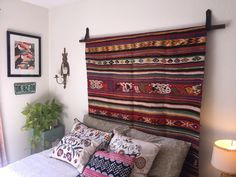 How to Hang a Rug With a Dollar Store Belt