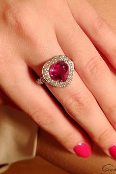 33 Ruby Engagement Rings That Are So Great As Your Heart Traditional Engagement Rings, Modern Engagement Rings, Round Diamond Engagement Rings, Engagement Ring Styles, Diamond Rings, Classic Bridal Jewellery, Friend Rings, Rings Cool, Fine Jewelry