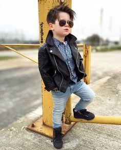 Jacket, chemise & pants Size y Price 45 000 No Cute Baby Girl Images, Cute Baby Pictures, Cute Baby Boy, Cute Kids, Cute Babies, Little Boy Fashion, Kids Fashion Boy, Baby Boy Outfits, Kids Outfits