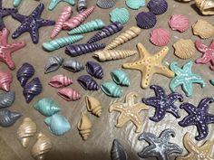 Fondant sea shells Cupcake Toppers, Sea Shells, Fondant, Cupcakes, Cupcake, Clams, Fondant Icing, Seashells, Cupcake Cakes