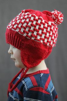 Free+Knitting+Pattern+-+Hats:+Double+Pom+Earflap+Hat