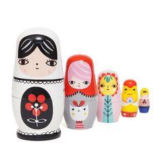Matrioskas Flores Conjunto de 5 bonecas em madeira pintadas à mão.