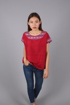 Mexican blouse, traditional Cham ethnic fabric made in the villages of Vietnam. 99€