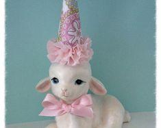 Easter Decoration Vintage Homco Bunny Rabbit Figurine by JeanKnee
